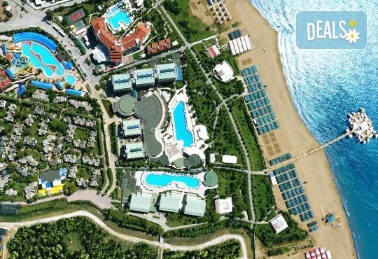 Ранни записвания за море 2020! 7 нощувки на база Ultra All Inclusive във Von Resort Golden Beach 5*, възможност за транспорт - Снимка 12