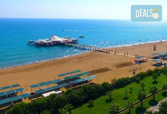 Ранни записвания за море 2020! 7 нощувки на база Ultra All Inclusive във Von Resort Golden Beach 5*, възможност за транспорт - Снимка 13