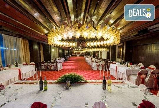 Посрещнете Новата 2020 година в Hotel Continental 4* в Скопие! 2 нощувки със закуски, транспорт по желание - Снимка 11