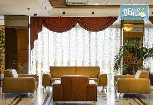 Посрещнете Нова година 2020 в хотел Continental 4*, Скопие, с Мивеки Травел! 2 нощувки със закуски, 1 стандартна и Новогодишна вечеря, транспорт и водач - Снимка 7