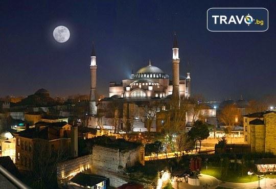 На супер цена до изчерпване на местата! Нова година в Истанбул - 3 нощувки със закуски в Yaztur Hotel 3*, транспорт, посещение на мол Forum - Снимка 4