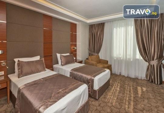 Нова година в Истанбул на супер цена! 3 нощувки със закуски в Hotel Glorious 4*, транспорт и посещение на мол Forum! - Снимка 8