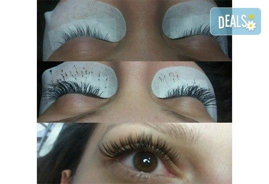 Поставяне на копринени мигли по метода косъм по косъм в New faces beauty studio! - Снимка 5