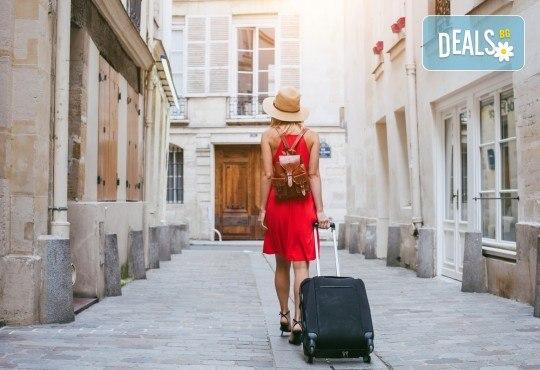 Курс по английски език за пътуване в чужбина с включени учебни материали в Dads English Language Centre! - Снимка 1