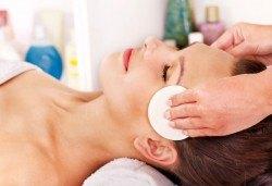 Мануално почистване на лице в 11 стъпки и масаж в салон за красота Женско царство в Център - Снимка