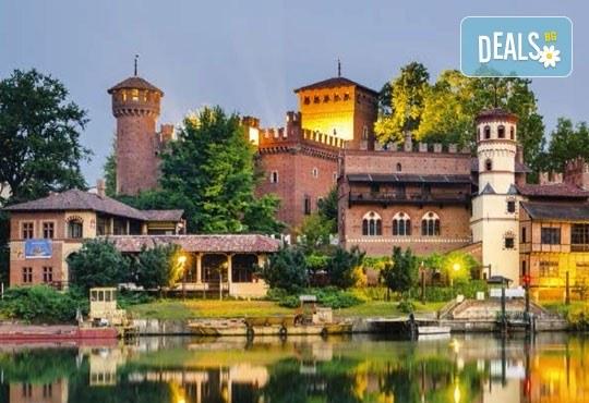Екскурзия до Милано, Италия, с Дари Травел! Самолетен билет, 3 нощувки със закуски, туристичека обиколка, водач и възможност за 2 тура до Торино и езерaтa Комо и Лугано! - Снимка 5
