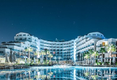 Нова година 2020 в Sealight Resort 5*, Кушадасъ! 4 нощувки на база Ultra All Inclusive и Новогодишна гала вечеря - Снимка