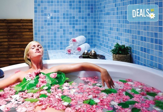 Нова година 2020 в Sealight Resort 5*, Кушадасъ! 4 нощувки на база Ultra All Inclusive и Новогодишна гала вечеря - Снимка 7