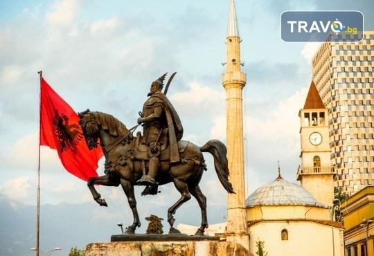 Екскурзия по Коледа в Охрид, Скопие, Тирана и Дуръс, с ТО Поход! 2 нощувки със закуски, транспорт и екскурзовод - Снимка 13