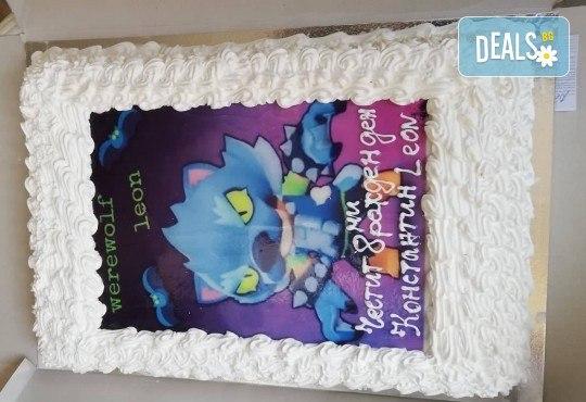 Експресна торта от днес за днес! Голяма детска торта 20, 25 или 30 парчета със снимка на любим герой от Сладкарница Джорджо Джани! - Снимка 1