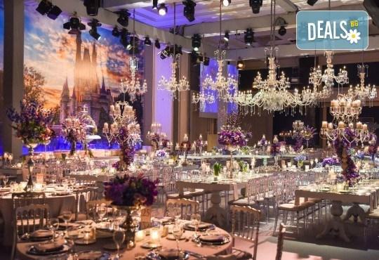 Посрещнете Нова година в Истанбул, Турция, в хотел Elite Europe World Luxury 5*: 3 нощувки със закуски, 2 стандартни вечери, Новогодишна вечеря, транспорт по желание - Снимка 6