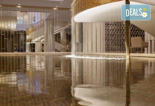 Посрещнете Нова година в Истанбул, Турция, в хотел Elite Europe World Luxury 5*: 3 нощувки със закуски, 2 стандартни вечери, Новогодишна вечеря, транспорт по желание - Снимка 5