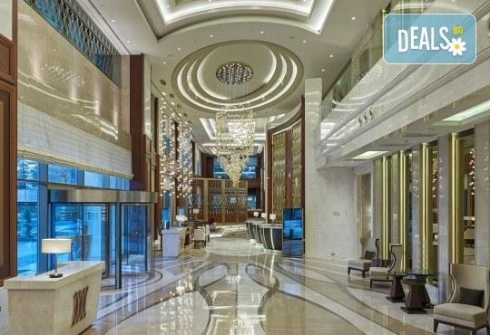 Посрещнете Нова година в Истанбул, Турция, в хотел Elite Europe World Luxury 5*: 3 нощувки със закуски, 2 стандартни вечери, Новогодишна вечеря, транспорт по желание - Снимка 2