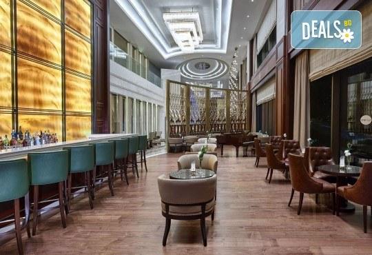 Посрещнете Нова година в Истанбул, Турция, в хотел Elite Europe World Luxury 5*: 3 нощувки със закуски, 2 стандартни вечери, Новогодишна вечеря, транспорт по желание - Снимка 4