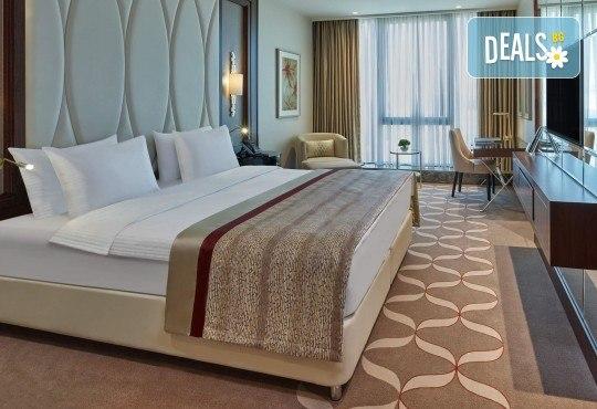 Посрещнете Нова година в Истанбул, Турция, в хотел Elite Europe World Luxury 5*: 3 нощувки със закуски, 2 стандартни вечери, Новогодишна вечеря, транспорт по желание - Снимка 3