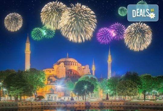Нова година в Истанбул с АБВ Травелс! 4 нощувки със закуски, Новогодишна вечеря по избор, транспорт, водач, панорамна обиколка в Истанбул, посещение на Одрин - Снимка 1