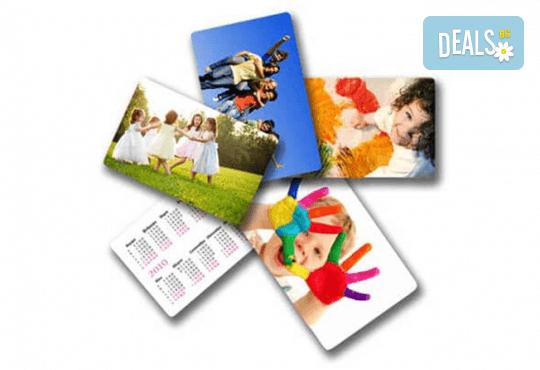 Изработка на 100 броя джобни календарчета с Ваше лого и кординати от Хартиен свят - Снимка 1