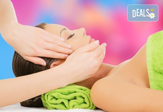 Мануално почистване на лице, маска, ампула и анти-ейдж крем в салон