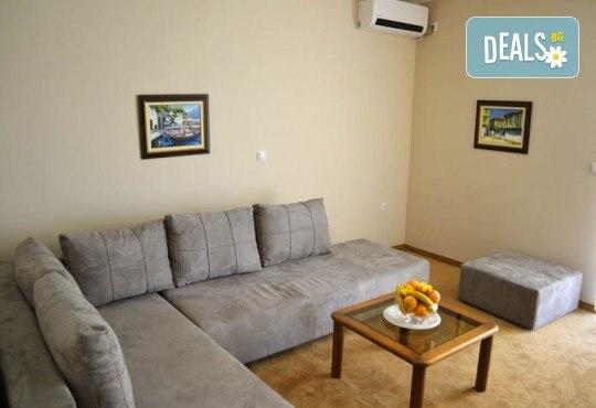 Нова Година 2020 в Охрид, Hotel Filip 4*, с Дари Травел! 3 нощувки със закуски, 2 вечери, Новогодишна вечеря в хотел Belvedere 4*, по желание транспорт - Снимка 8