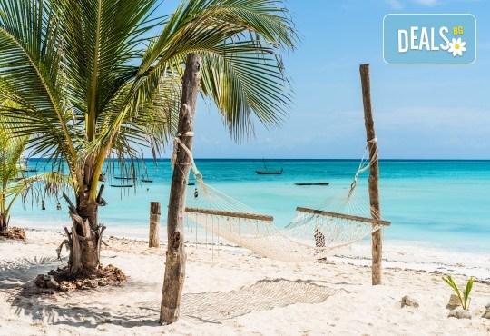 Екзотика за Нова година! 7 нощувки със закуски на остров Занзибар, самолетен билет и трансфери от Хермес Холидейс! - Снимка 1