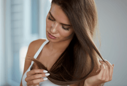 Премахване на цъфтящи краища с полировчик, интензивна подхранваща терапия в 3 стъпки и оформяне с кератинова преса или сешоар, в Женско Царство в Центъра или Студентски град - Снимка