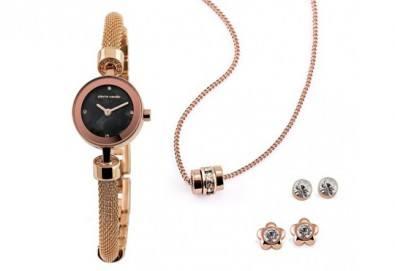 Pierre Cardin - романтичен комплект в розово злато с часовник, 2 чифта обеци и колие - Снимка