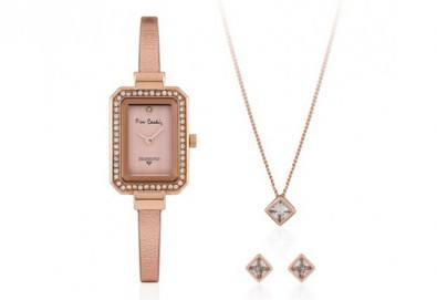 Pierre Cardin - романтичен комплект с часовник, колие и чифт обеци в розово злато - Снимка