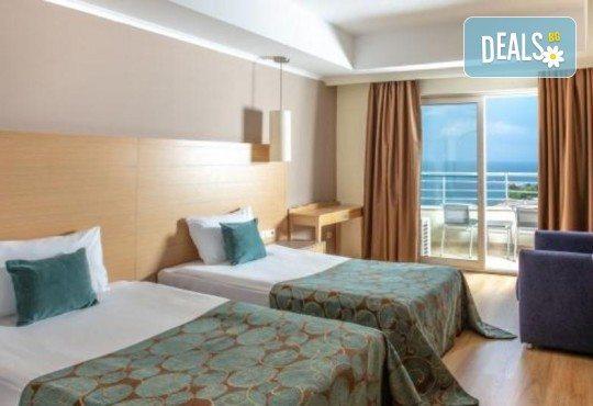 Нова година в Sealight Resort Hotel 5*, Кушадасъ, Турция! 3 или 4 нощувки на база All Inclusive и празнична гала вечеря! - Снимка 8