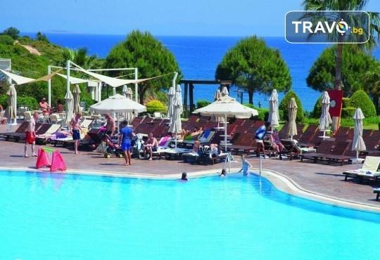 Ранни записвания за почивка в Didim Beach Elegance Aqua & Thermal 5*, Турция, с Глобус Холидейс! 5 или 7 нощувки на база All Inclusive, възможност за транспорт - Снимка 11