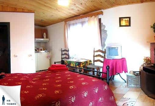 Нова година в Гърция - минерални извори и релакс! 3 или 4 нощувки със закуски в хотел Алмопия 3*, Лутраки, Гърция на цени от 126.50 лв. на човек с възможност за Празнична вечеря! Предплатете 15 % сега! - Снимка 7