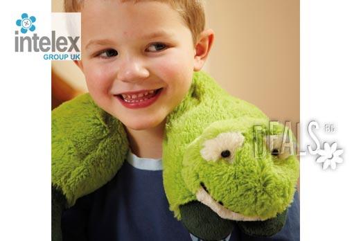Плюшен нагряващ се Шал Жаба Cozy Wrap Frog от Intelex - Снимка 2