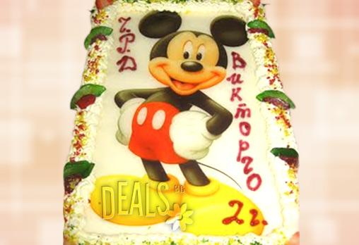 Зарадвайте детето с торта Мики Маус или с любим приказен герой! Неустоими 14 парчета, с фотоснимка и надпис по избор от Сладкарница Орхидея само за 17.70 лв!
