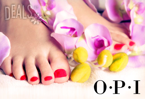 Готови за лятото! Медицински или класически педикюр + ДВЕ декорации и лакове O.P.I. и CND в Студио за красота ЖАНА на страхотна цена 11.90лв!