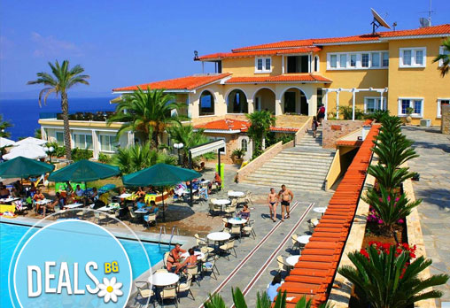 Август или септември в Aristoteles Beach Hotel Bomo Club 4*, Халкидики, Гърция! 4/5/6/7 нощувки на база All Inclusive!