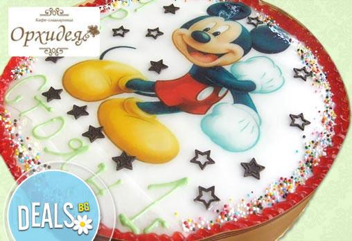 Кръгла детска торта 10 парчета с фотоснимка с любими герои или снимка по избор от Сладкарница Орхидея!