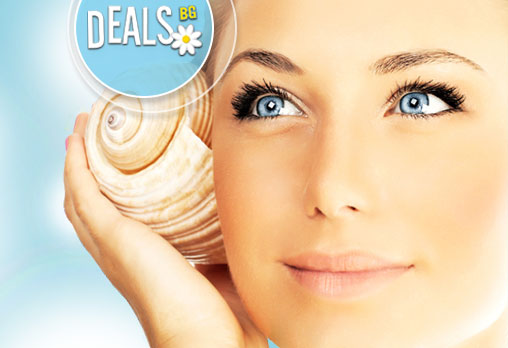 Дълбоко почистване на лице с възстановяваща и подхранваща маска от охлюви с анти-ейдж ефект в Relax Beauty & Spa!