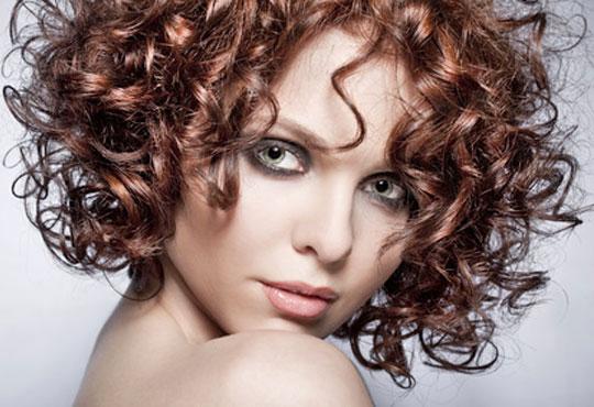 Кукленски къдрици с възможно най-щадящата процедура за Вашата коса - водна ондулация от студио Авангард, Пловдив!