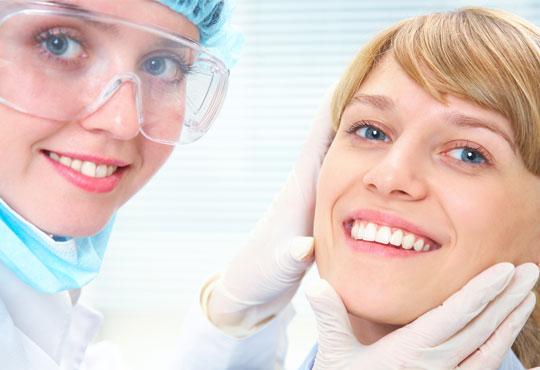 Почистване на плака и зъбен камък, полиране с ултразвук и 25% отстъпка от всички услуги от дентален кабинет д-р Снежина Цекова