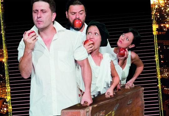 Асен Блатечки във великолепната комедия Бившата жена на моя живот на 15.01., 19 ч., Открита сцена, театър Сълза и смях