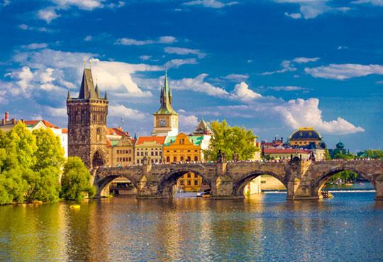 Екскурзия през май до Словакия и Чехия! 1 нощувка със закуска в Братислава, 2 нощувки със закуски в Прага, транспорт и екскурзовод!