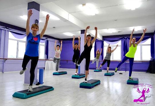 8 или 12 тренировки по избор - Pilates, Steel Tonic, Fitt Ball или Step Aerobic от Божествени тела - Аеробик спорт!