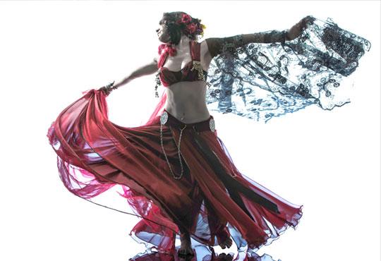 Искате да се научите да танцувате? 5 посещения на уроци по ориенталски танци в Kremena Dance Center!