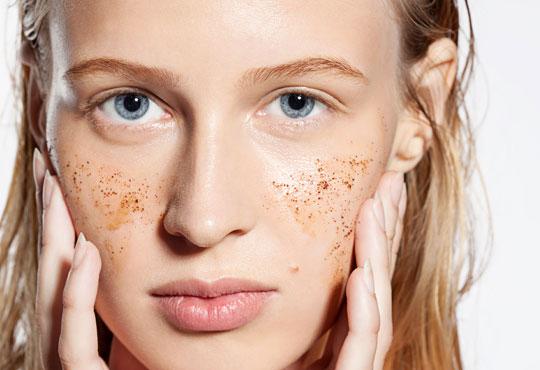 Дълбоко почистване на лице, пилинг и лечебен масаж с противовъзпалително действие, бонуси от студио за красота Нимфея!
