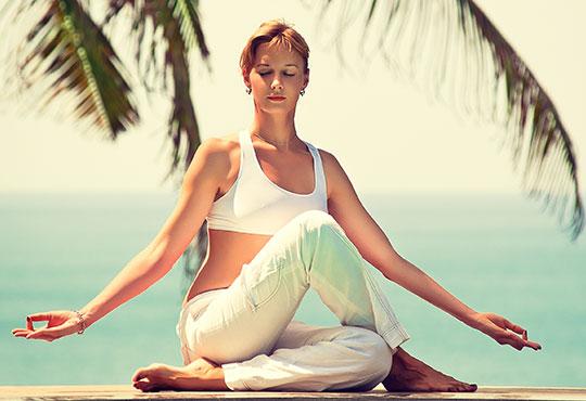 Оттървете се от стреса и релаксирайте с 2 или 4 посещения на йога практики в Уелнес център Фитвайб, Варна! - Снимка 2