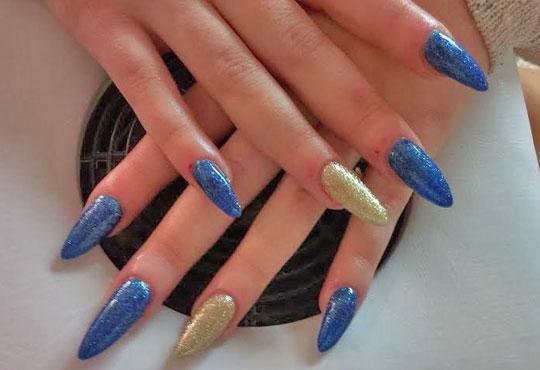 За красиви и здрави нокти с идеален маникюр! Ноктопластика с гел чрез изграждане и 2 декорации в салон за красота Нелс! - Снимка 2