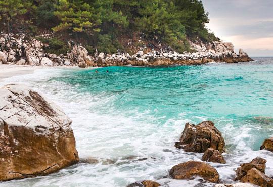 Почивайте през септември в Lena 2*, о. Тасос, Гърция! 7 нощувки със закуски и възможност за транспорт от София Тур!