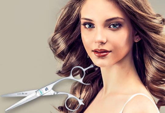 Красива визия и здрава коса! Подстригване, възстановяваща терапия с кератин и шоколад на Milkshаkе и оформяне със сешоар в Golden Angel!