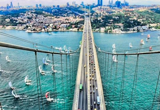 Екскурзия в период по избор до Истанбул с Караджъ Турс! 2 нощувки със закуски в хотел 2*/3* или 4*, 1 вечеря в GAR Music Hall и транспорт!