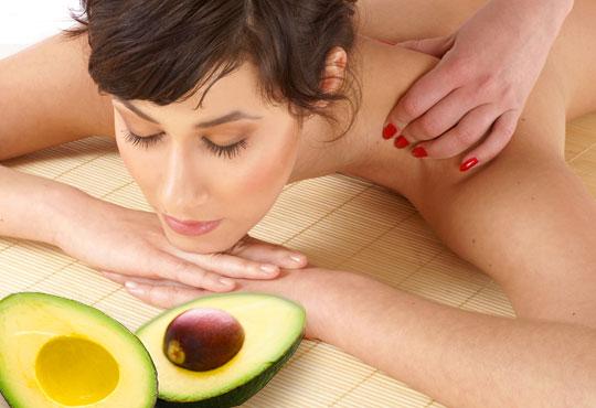 80-минутен масаж на цяло тяло, глава, ходила и длани с масло от жожоба и авокадо в студио за масажи Нели!