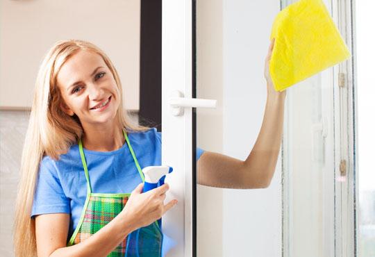 Кристално чисто! Почистване на прозорци в апартамент или офис от 50 до 110 кв.м. с безвредни биопрепарати от БГ 451!